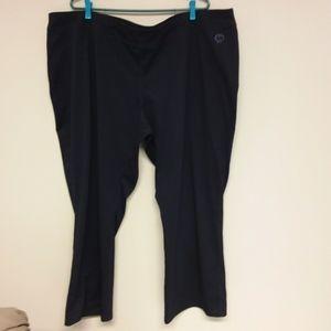 Pennington's Active Zone yoga pants